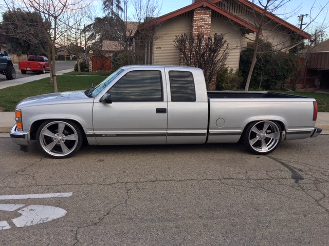 OBS extended cab lowered with 22s
