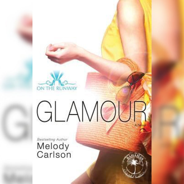 On The Runway 5: Glamour, Paperback, English