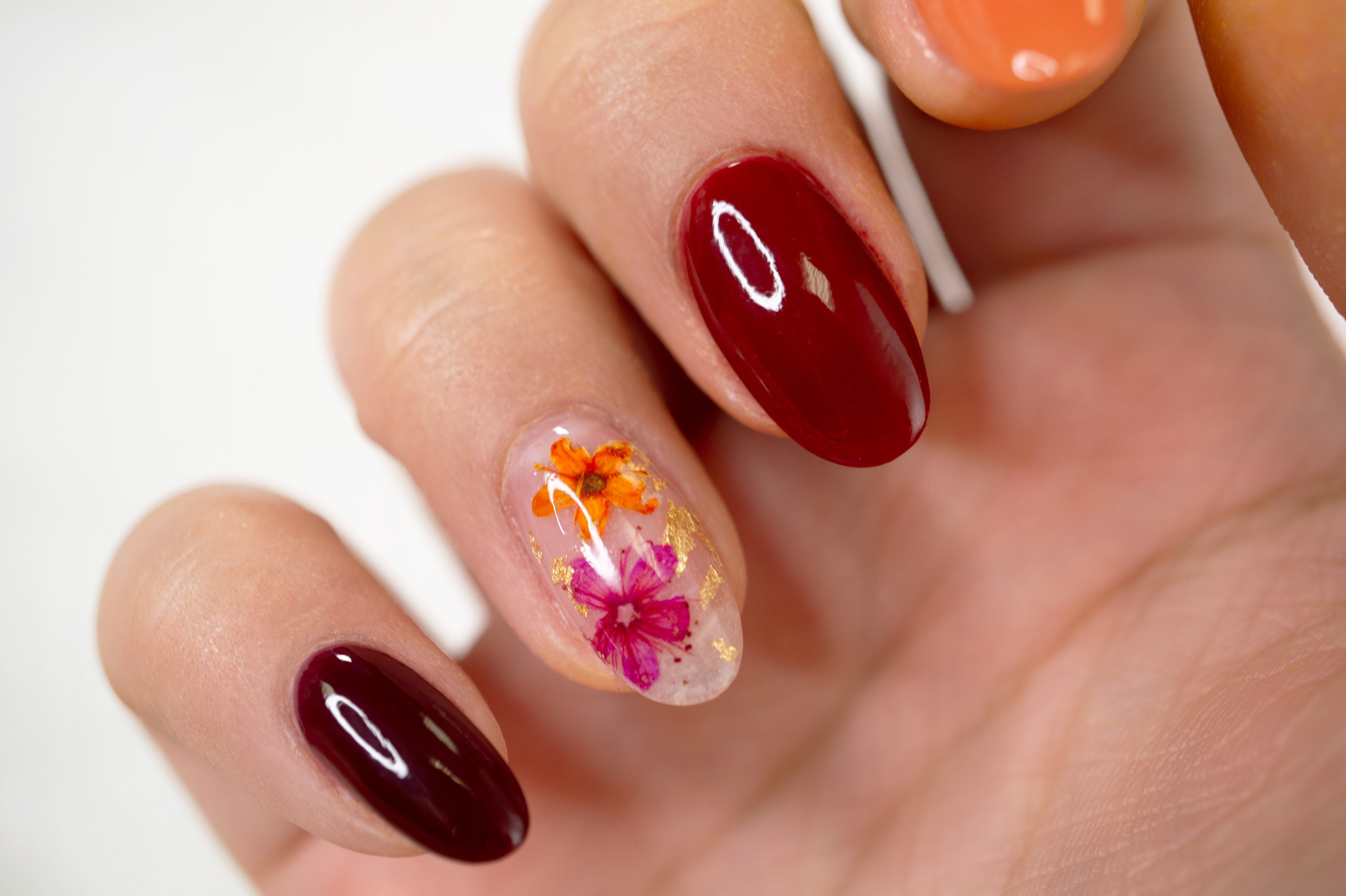 How To Encapsulate Floral & Gold