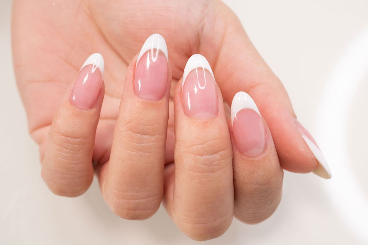 french dip manicure