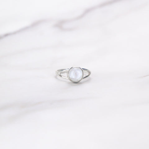 products/FullMoonStone-SilverRingJewelryRings_1.jpg