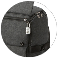 Secure the zipper with a lock through the D-Hook