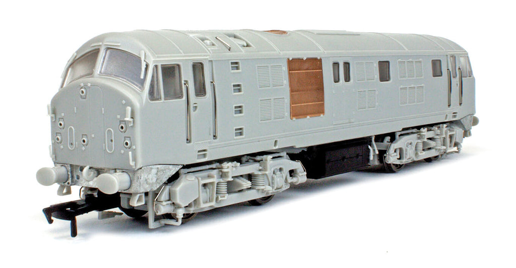 DAPOL SHOWS PROGRESS WITH CLASS 21/29 IN OO