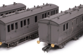 Hattons Reveal Genesis 4 & 6 Wheel Coaches Engineering Samples!