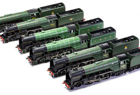 Hornby Reveal Thompson Pacific & Coronation Scot Coach Samples, plus more!
