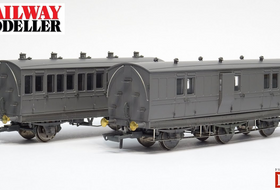 Hattons 'Genesis' 4 & 6 Wheel Coach Samples - Railway Modeller - March 2021