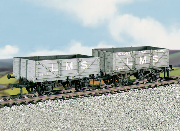 LMS Traffic Coal and 4 Plank Wagons Kit