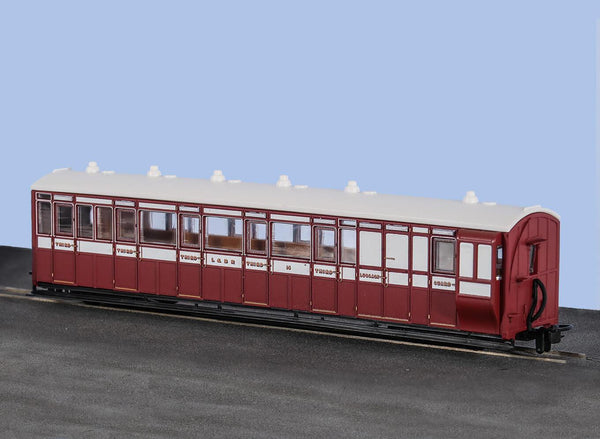 OO-9 Brake Composite Coach Lynton and Barnstaple Livery No 16