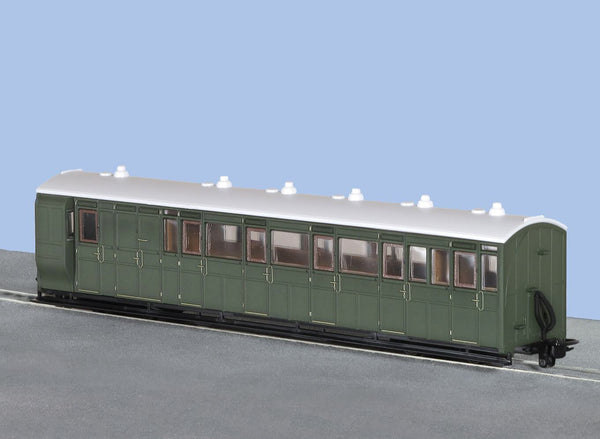 OO-9 Brake Composite Coach Unlettered Green