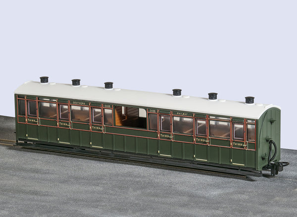 OO-9 Centre Observation Coach SR Livery No 2468