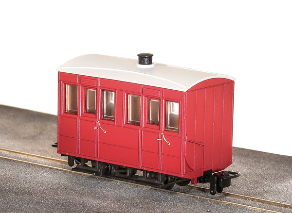OO-9 4 Wheel Enclosed Side Coach Red
