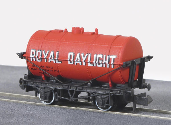 Royal Daylight Petrol Tank Wagon