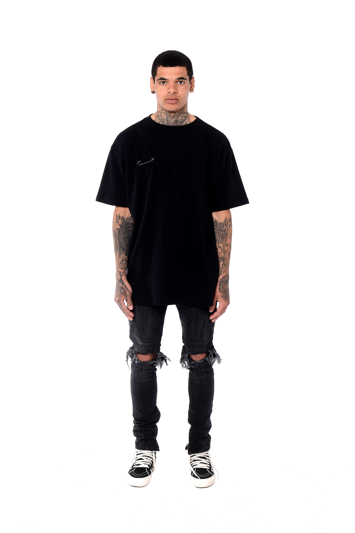 Essential T-Shirt - Black