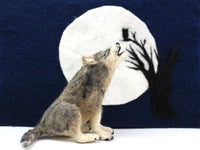 Howling Wolf & Moon Needle Felt Pack (no tools)