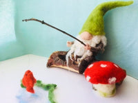 Fishing Gnome with Toadstool Instructions PDF