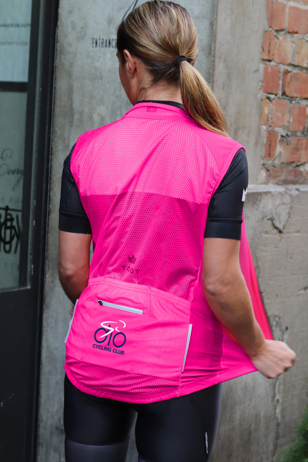 DIO CYCLING CLUB - Fluro Pink Gilet/Windvest
