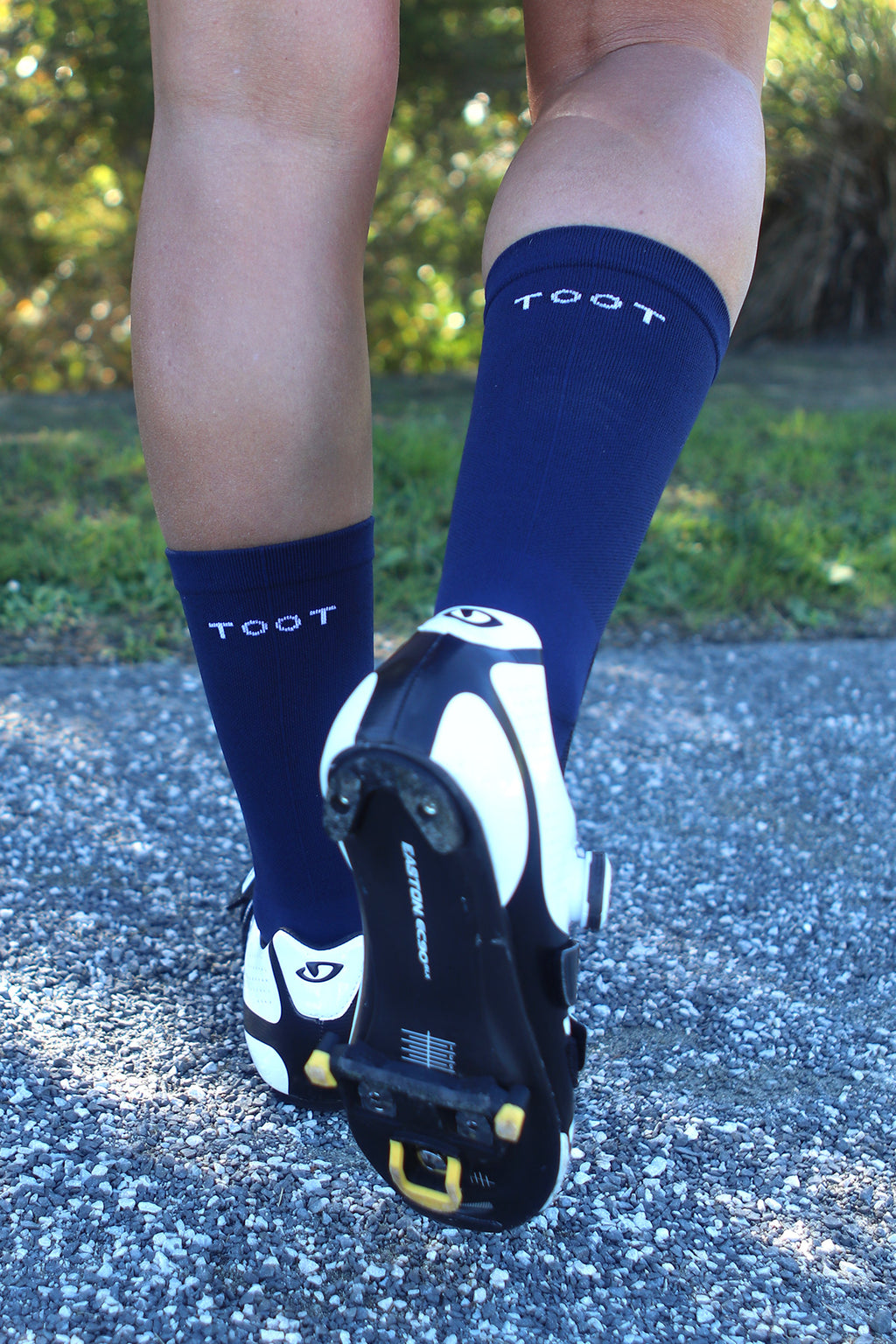 MID-WEIGHT CYCLING SOCKS - NAVY