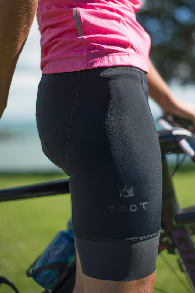 LITTLE BLACK WOMENS TRI SHORTS