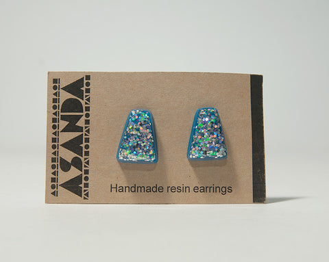 TRIANGULAR HOLOGRAPHIC