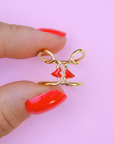 MINI UFO GOLD NECKLACE
