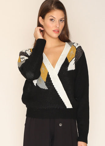 CABLES POMPOMS SWEATER BLACK