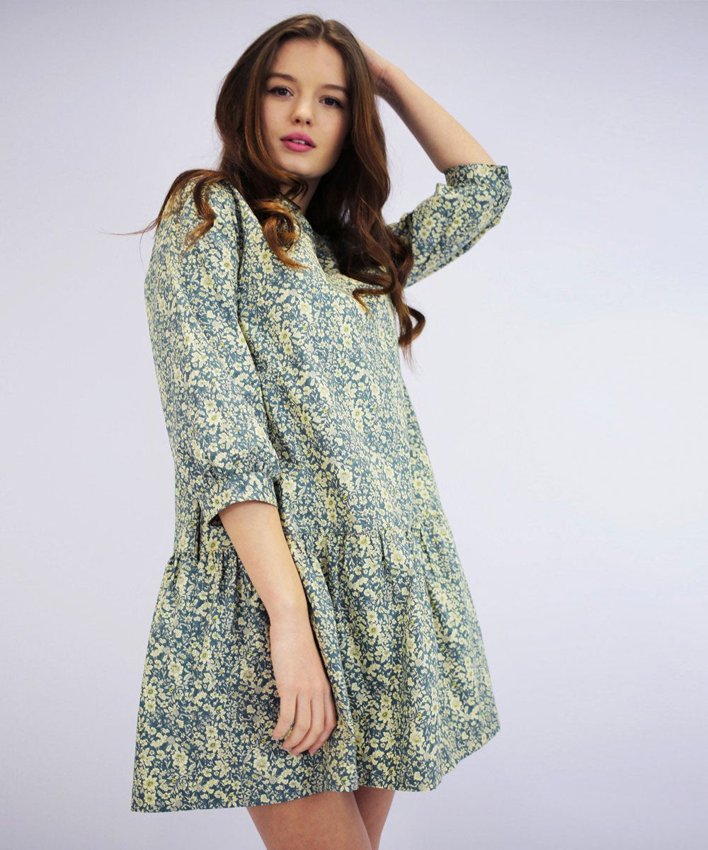 ZOE DITSY FLORAL DROP DRESS