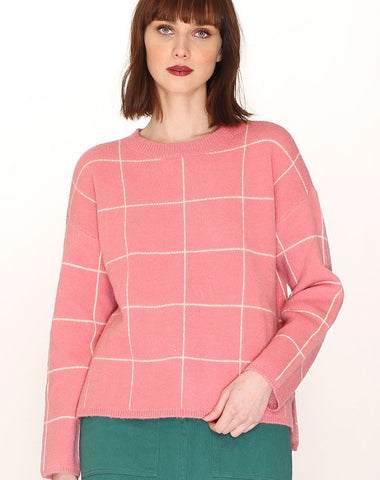 SPENCER RUFFLE TOP PREPPY