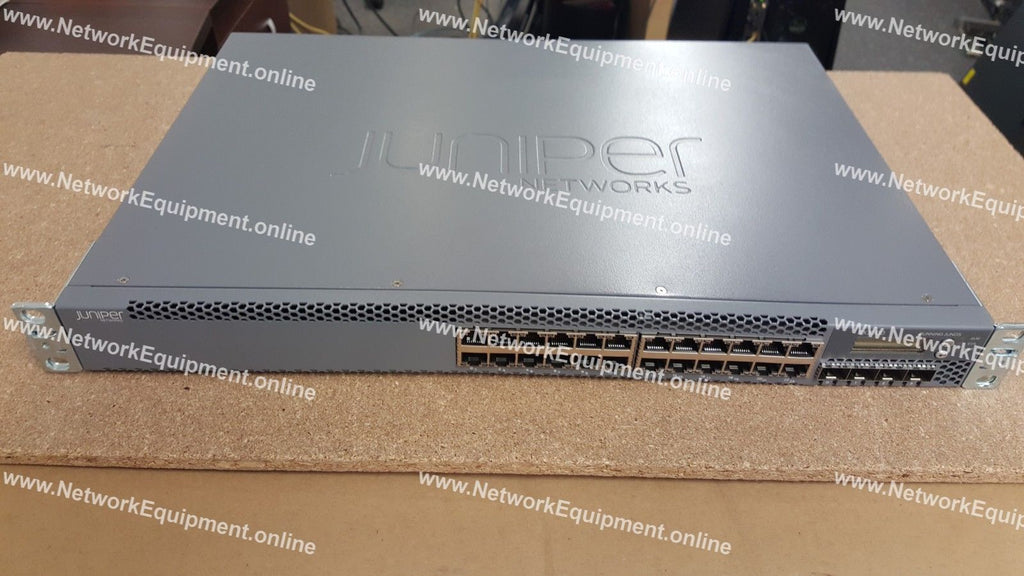 Juniper Networks EX3300-24T + EX-24-AFL + EX-24-EFL LICENSES SFP+ switch