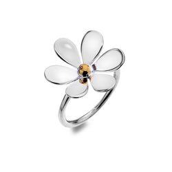 Love Me, Love Me Not Daisy ring