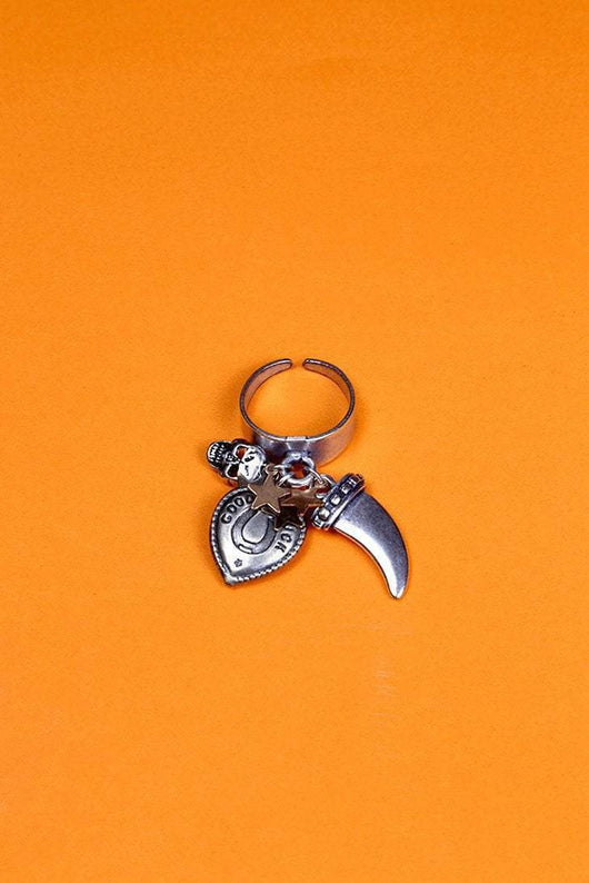 Loot Vintage Ring Adjustable / Silver Lucky Touch Charm Ring