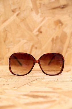 Loot Vintage Sunglasses 14.5cm / Brown Swan Tortoiseshell Sunglasses
