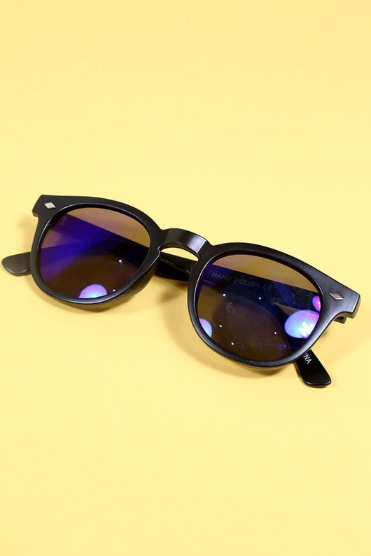 Loot Vintage Sunglasses Black Frame Coloured Lens Sunglasses
