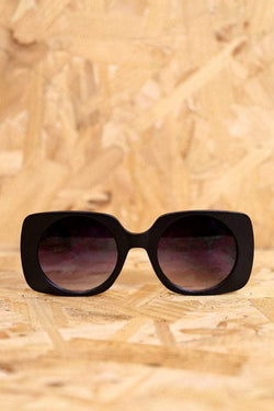 Loot Vintage Sunglasses Retro Matt Black Square Sunglasses With Round Lens