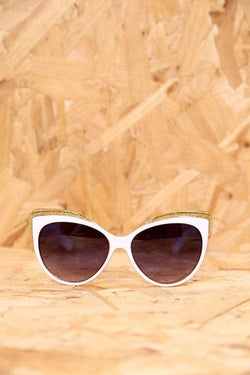 Loot Vintage Sunglasses White and Gold Glitter Feline Sunglasses