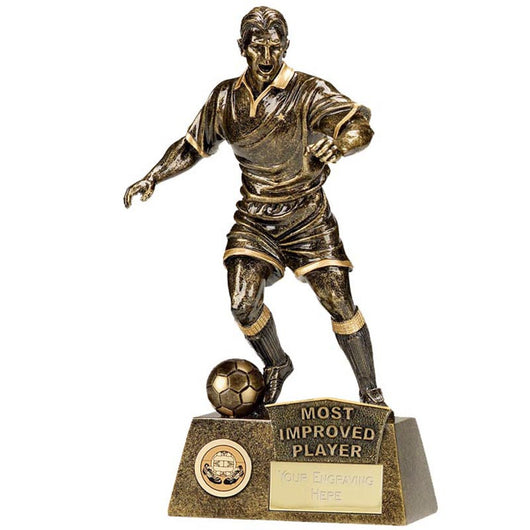 A1090C.06 - Most Improved Player Pinnicale Football Trophy (22cm)