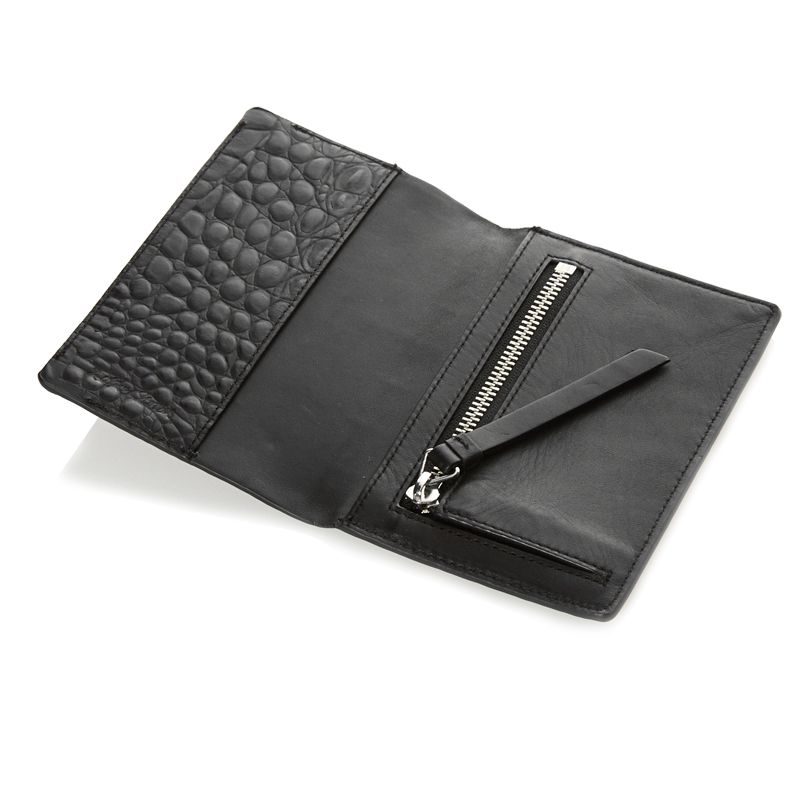 India black croco passport-holder