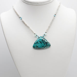 Load image into Gallery viewer, Triangle Azurite Pendant Necklace