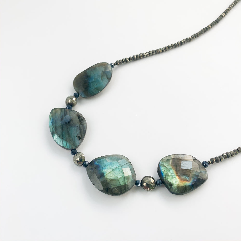 Labradorite Claudina Necklace