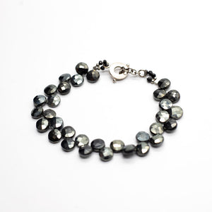 Load image into Gallery viewer, Black Spinel Ruffle Bracelet