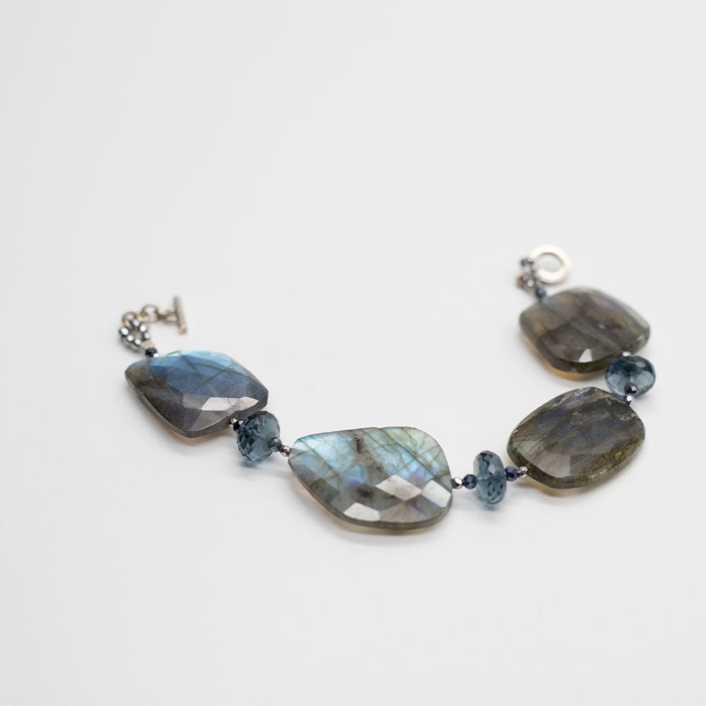 Labradorite and Blue Quartz Nugget Bracelet