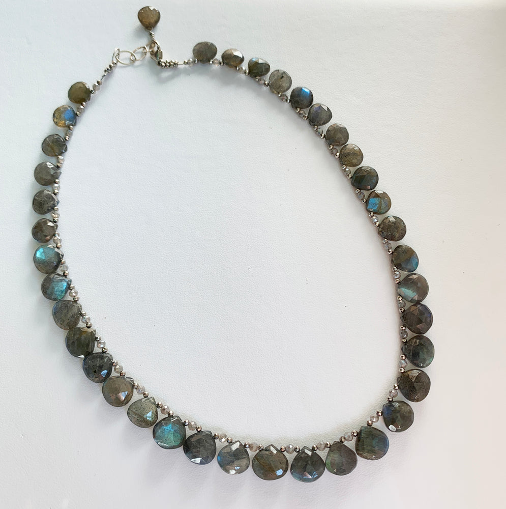 Load image into Gallery viewer, Labradorite Ruffle Necklace