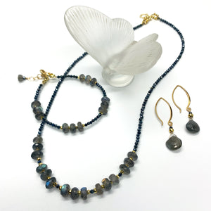 Load image into Gallery viewer, Labradorite and Sapphire Iris Necklace