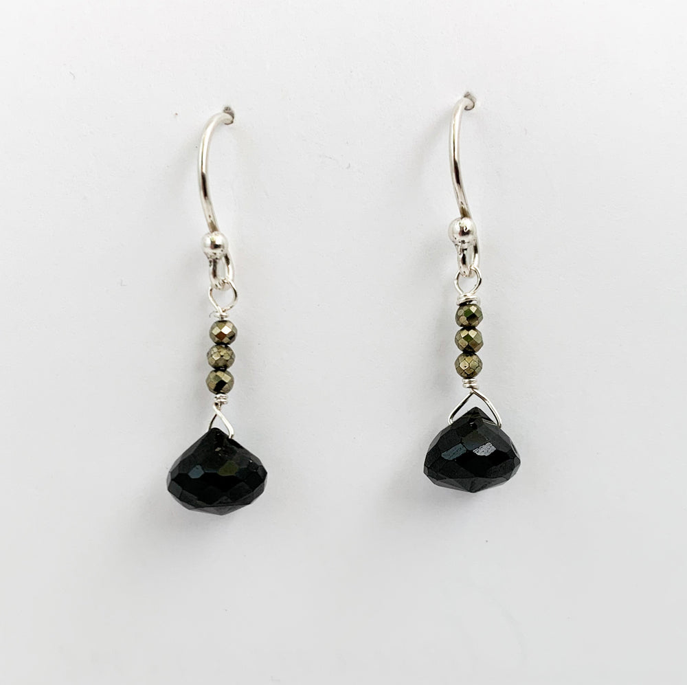 Load image into Gallery viewer, Black Spinel Raindrop Earrings