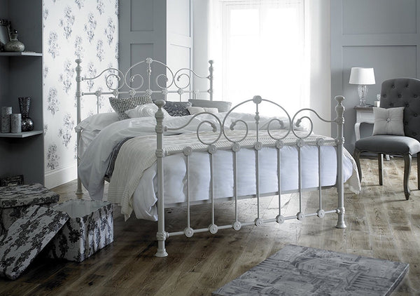 Bed Victoriana French style king size