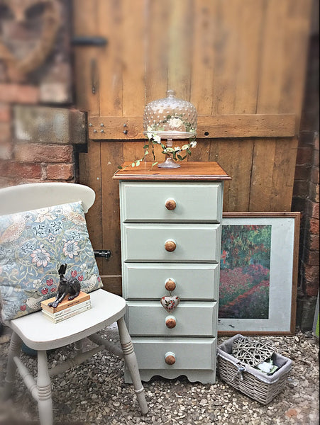 5 drawer Vintage tallboy in cotton sage