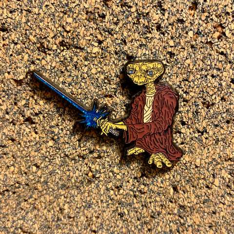 ET Lightsaber (Blue) Pin