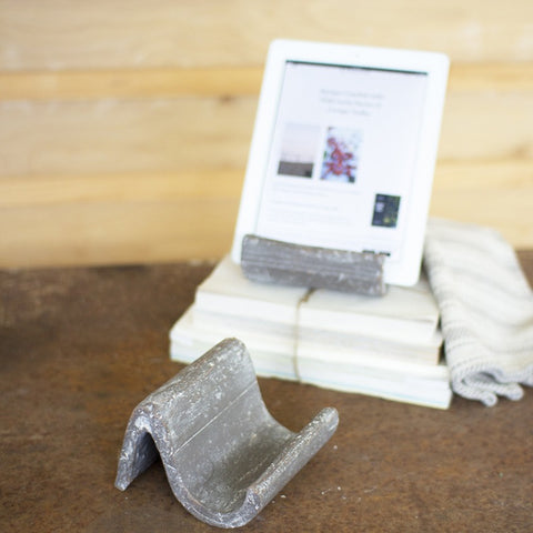 Clay iPad/Cookbook Holder