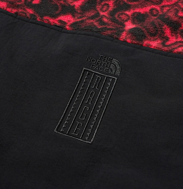 94 Rage Classic Pullover Fleece Rose Red