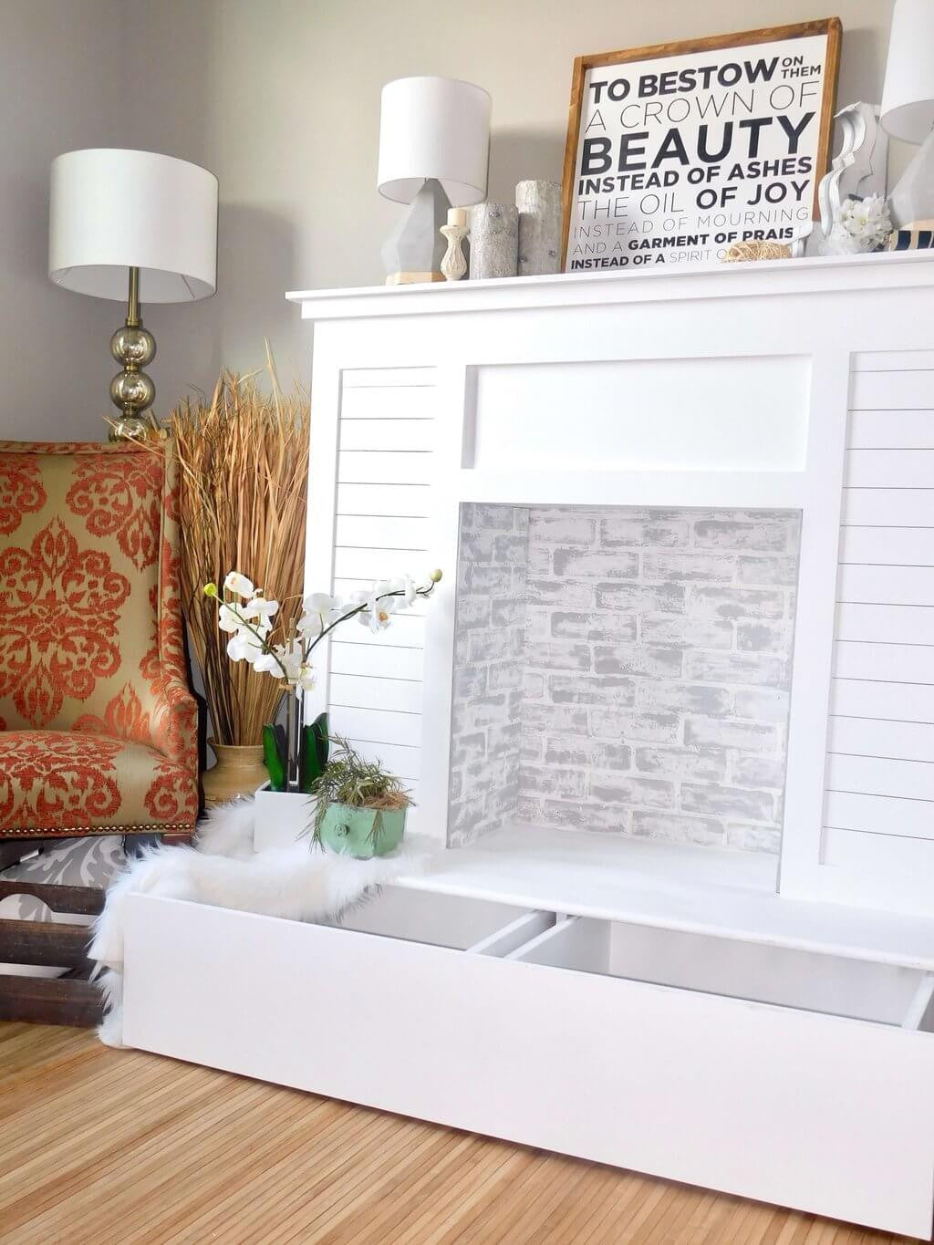 Merveilleux Faux Fireplace With Hidden Storage