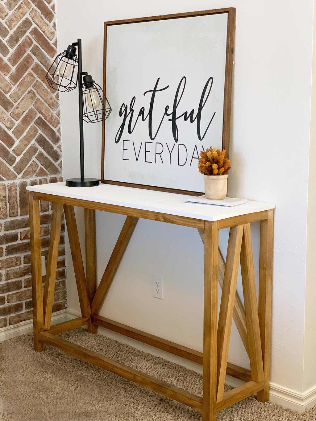 DIY Farmhouse Console